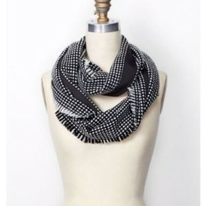 NWT Ann Taylor Woven Check Infinity Scarf